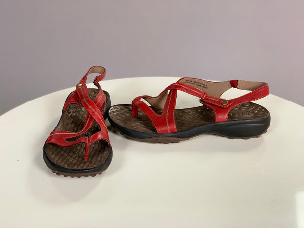 SHOES {Clarks Privo} Burgundy Suede Sandals  (COMFORTABLE)