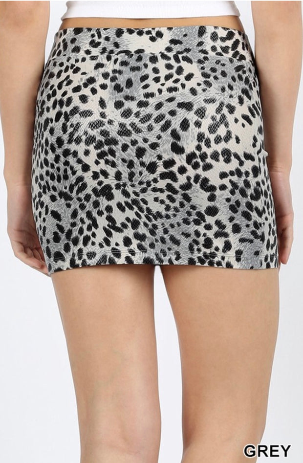 BT-A {City GIrls} Gray Leopard Print Mini Skirt