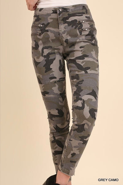 "BT-Z ""UMGEE"" Grey Camo Jeggings with Zipper Detail"