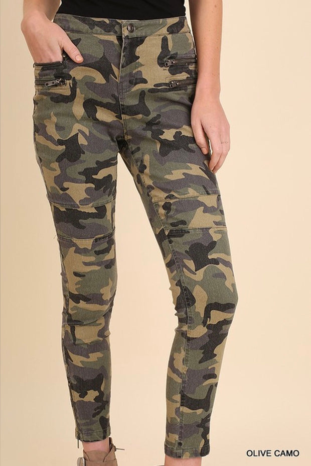 "BT-M ""UMGEE"" Olive Camo Zipper Detail Pants with Pockets"
