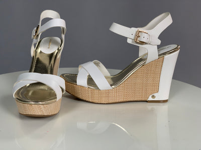 SHOES {Liz Claiborne} Ivory  With Gold