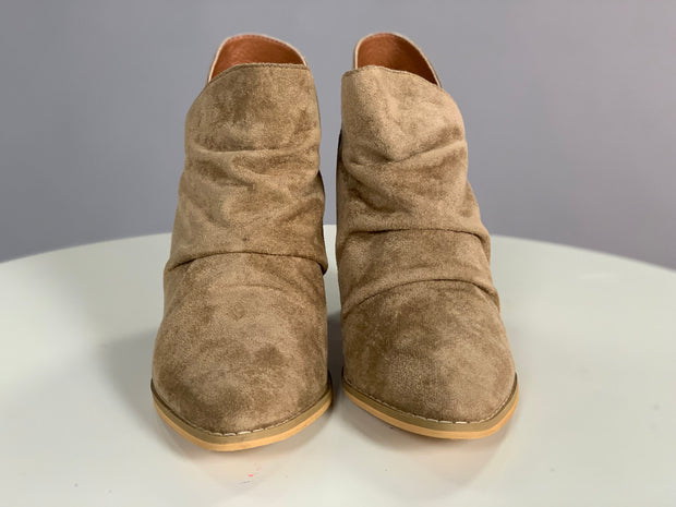 SHOES {Miim} Khaki Suede Booties with Heel