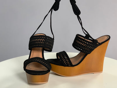 SHOES {Qupid} Black  With Wooden And Tie Detail
