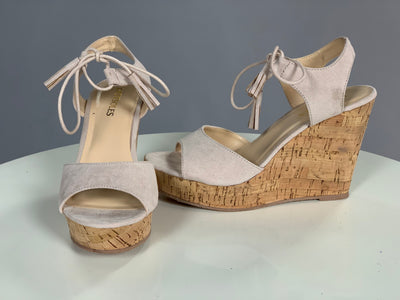 SHOES {HotSoles}   with Tassel Laces