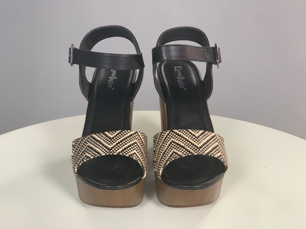 SHOES {LimeLight} Beige/Black Chevron Print