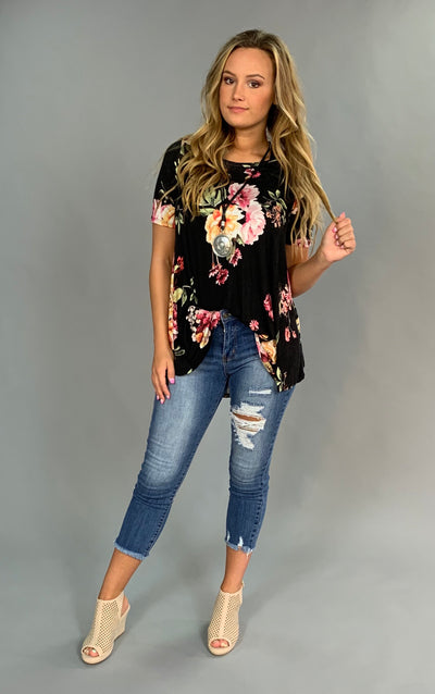 PSS-H {Find True Love} Loose-Fitting Black Floral Tunic