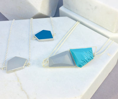 Reversible - Fragment pendent in silver and resin - pink & blue