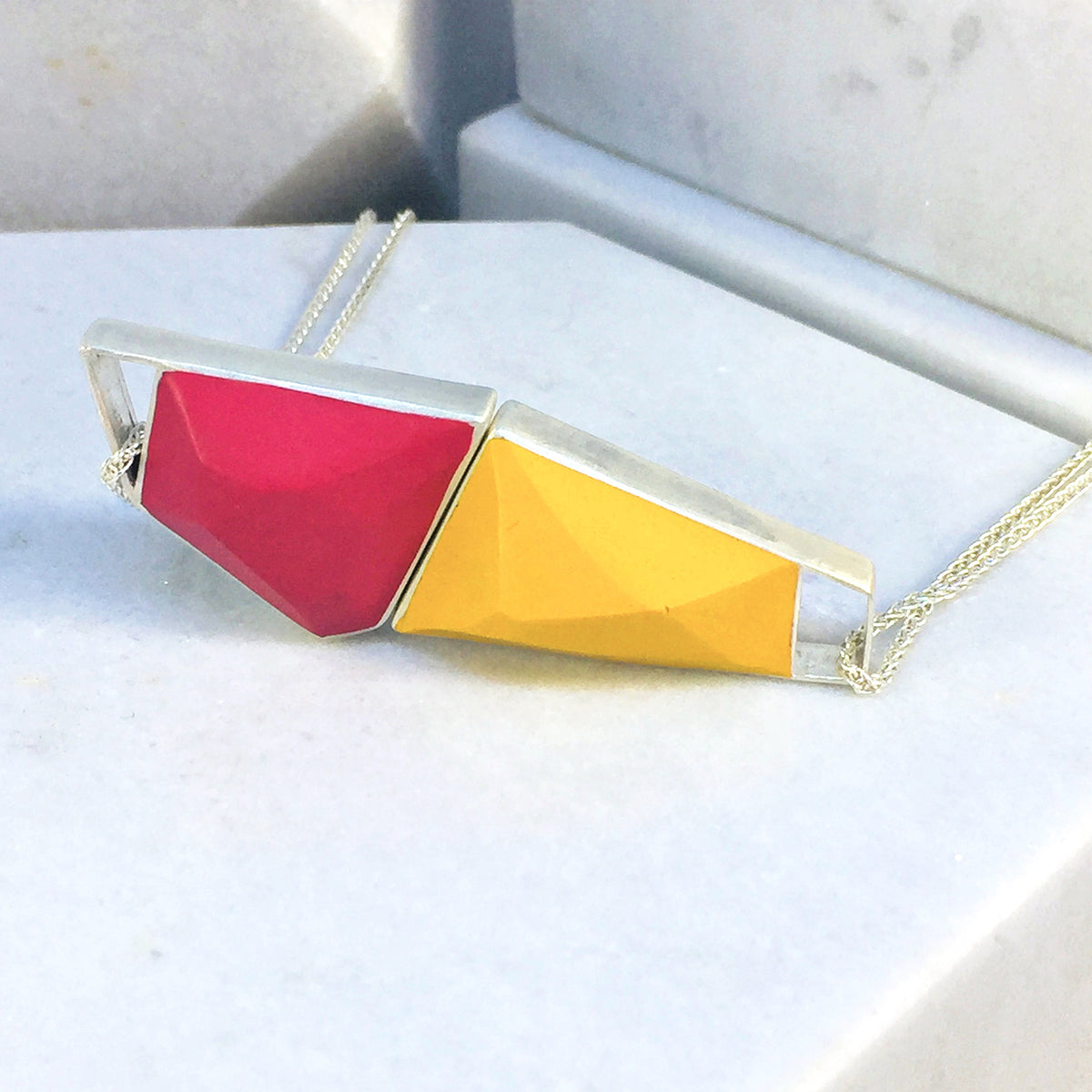 Magnetic - Reversible Necklace - 36 combinations - red, blue, yellow, pink