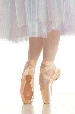 Gaynor Minden pointe shoes from Ma Cherie Dancewear Australia