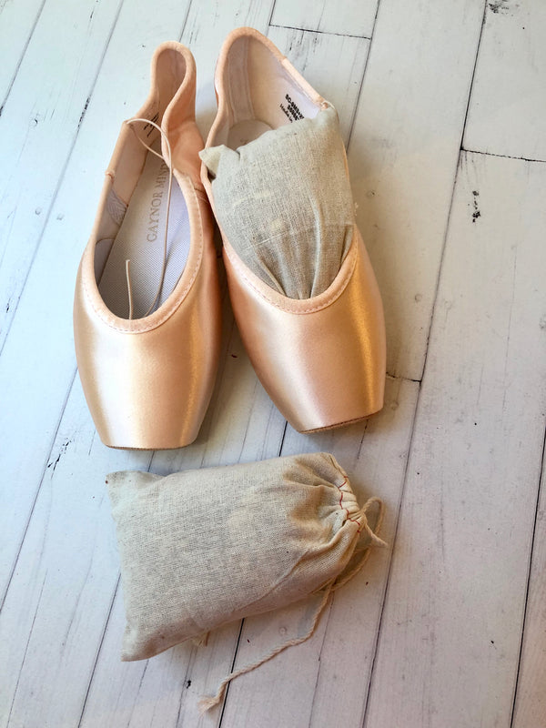 Cedar Chip Sachets For Pointe Shoes