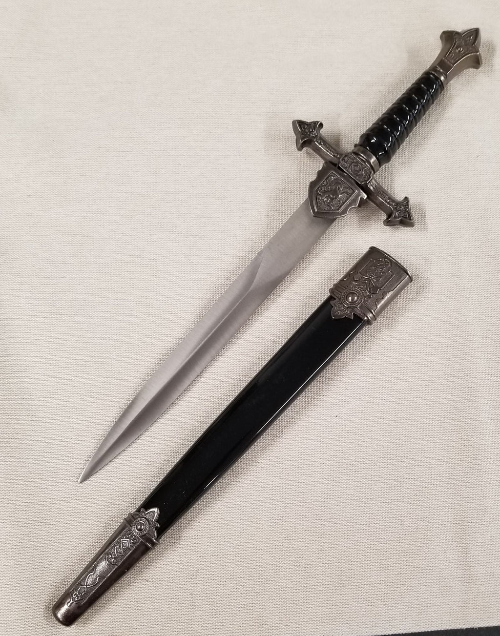 "Renaissance Royal English King Arthur Black Dagger 14"" Blade"
