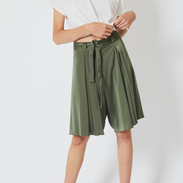 Satai Green Trousers 3/4 Long
