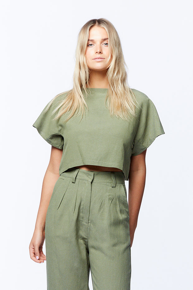 BUTTON DOWN CROP - OLIVE