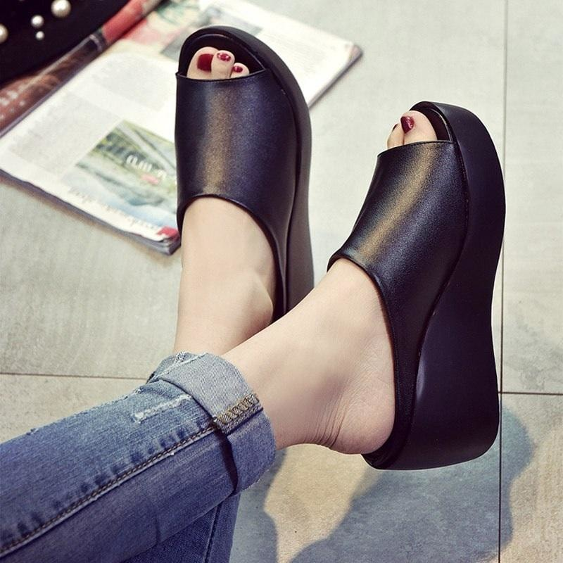 Black High Heeled Sandals