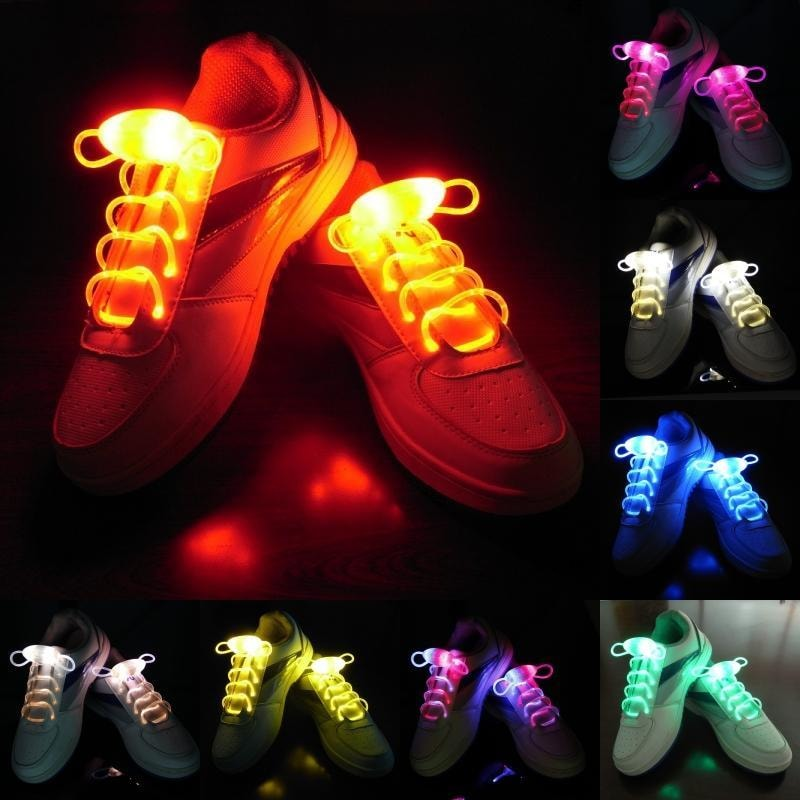 LED Shoelaces glow in the dark
