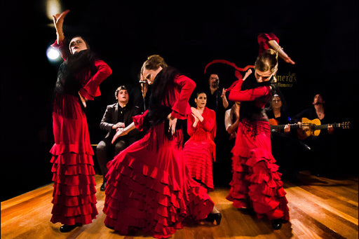 Tour nocturno por Madrid + Espectáculo flamenco