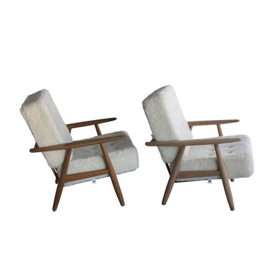 Pair of Hans Wegner Cigar Easy Chairs, Danish Mid Century Modern Eleish Van Breems Home
