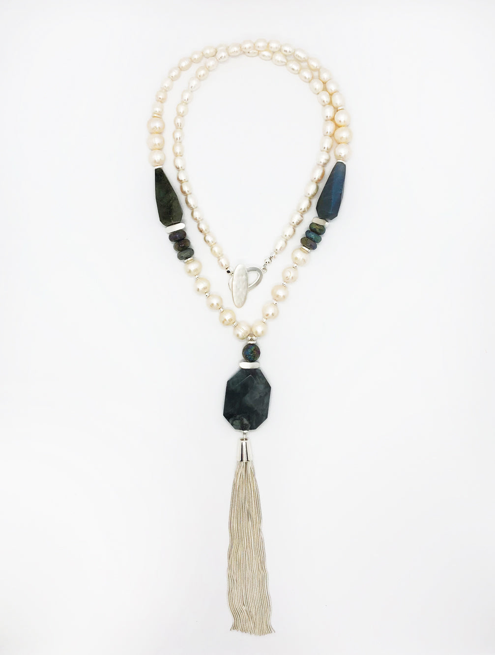 LORI PEARL TASSEL NECKLACE - Kaia London