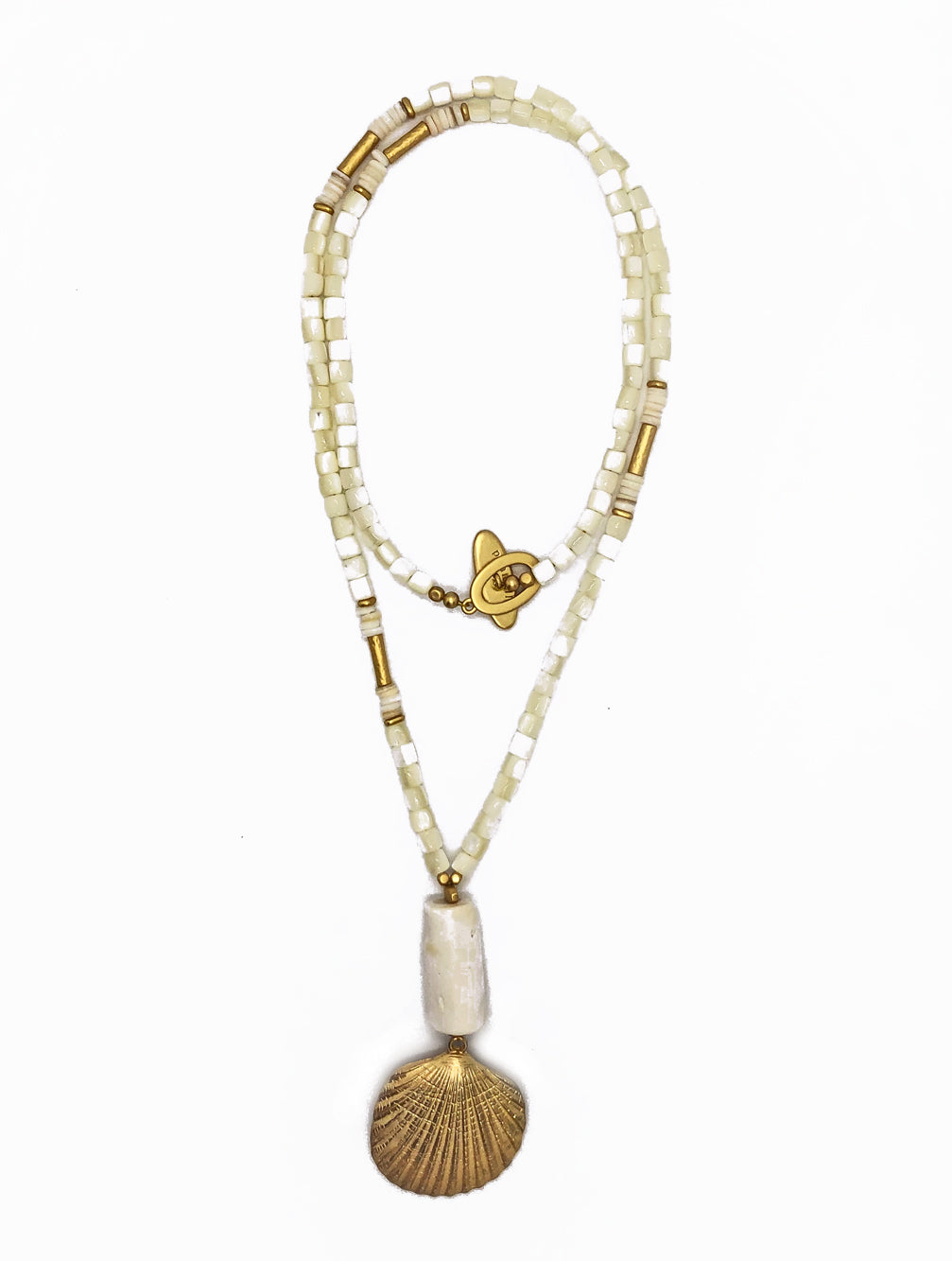 TAHITI CREAM SHELL NECKLACE - Kaia London