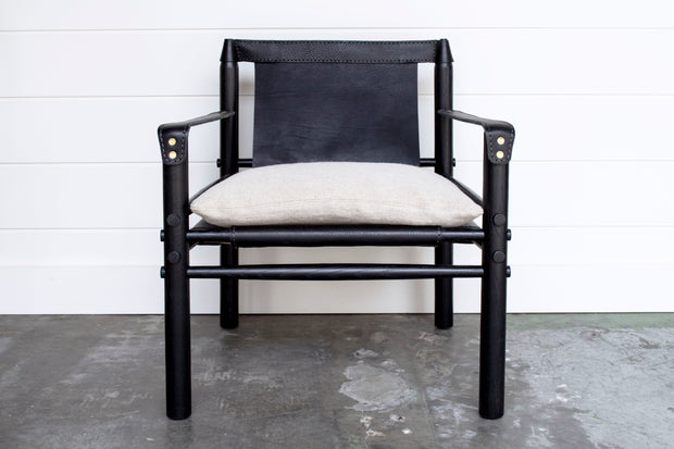 IGGY LEATHER CHAIR in BLACK