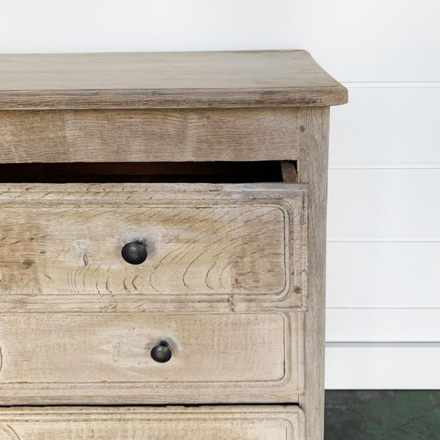 1900's CHEST OF DRAWERS FROM FRANCE