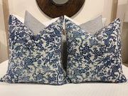 SOLD! VINTAGE PILLOW PAIR