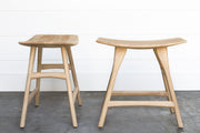 BOWED OAK PANEL STOOL