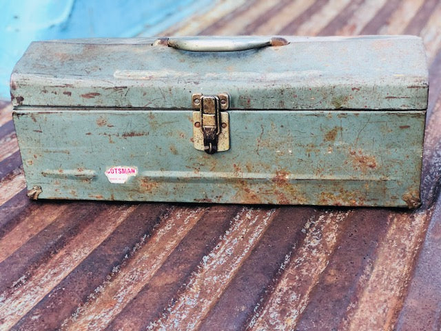 Super Cool True Vintage Green Toolbox