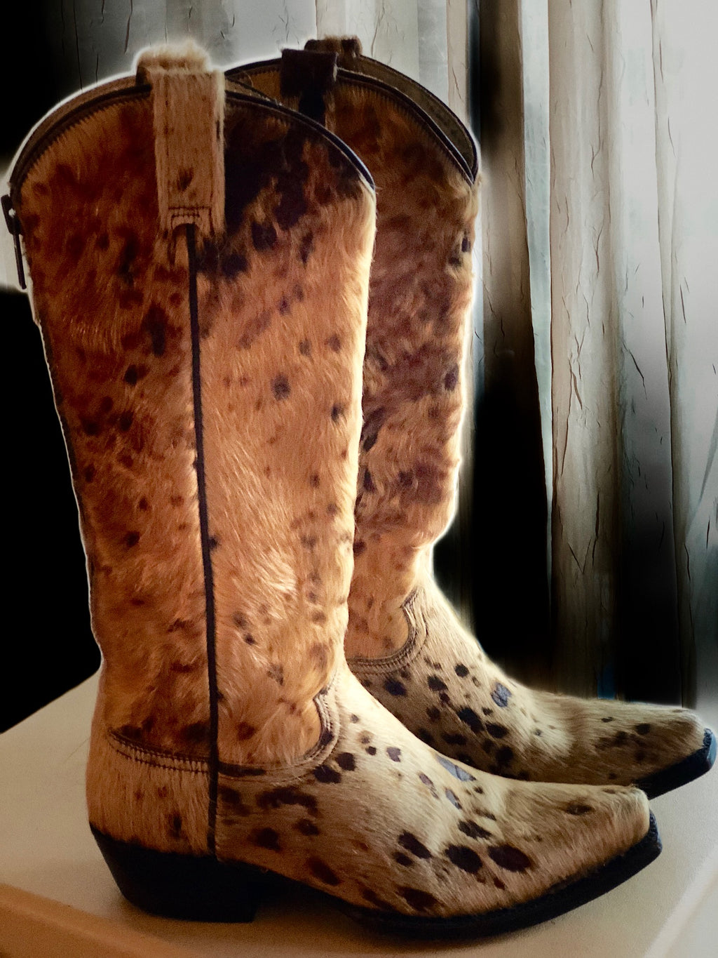 Awesome Stetson Cowhide Western Boots!