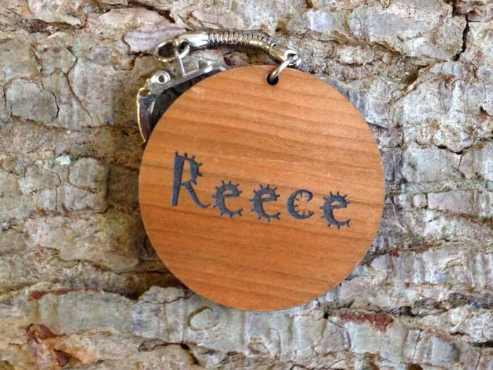 Personalised Circle Shaped Wooden Keyring 037