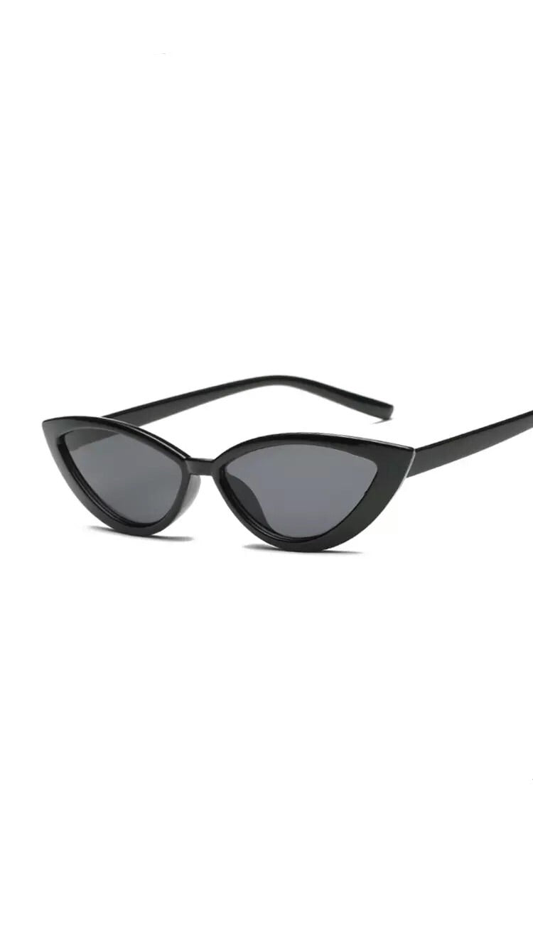 BLACK CAT EYE SHADES