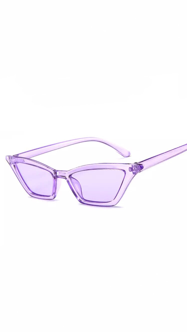 PURPLE VINTAGE SUNGLASSES