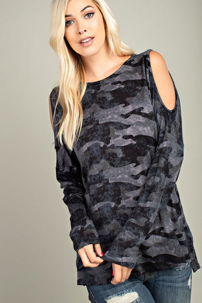 camo top front