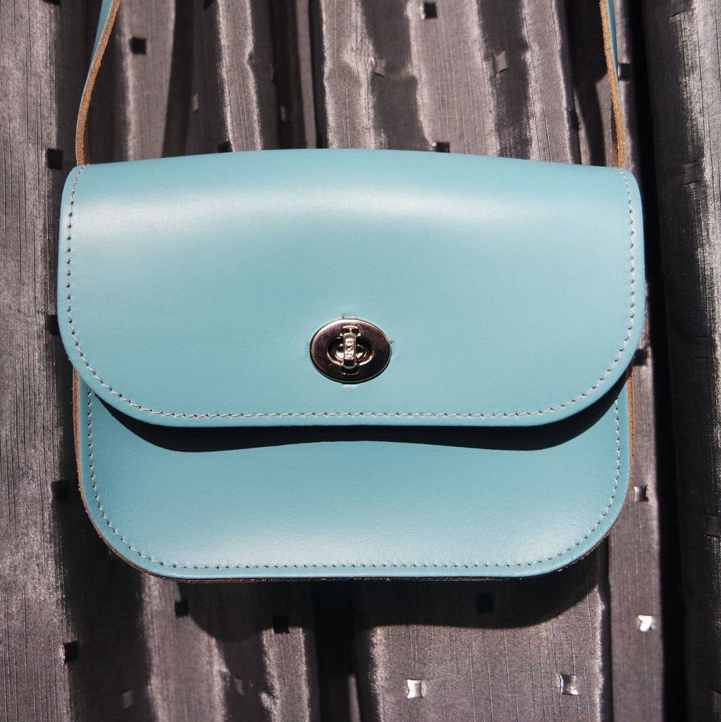 Sarah & Chroma Shoulder Bag