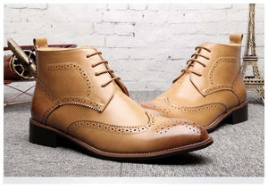 Brogue-Design Bullock-Carved Leather Boots