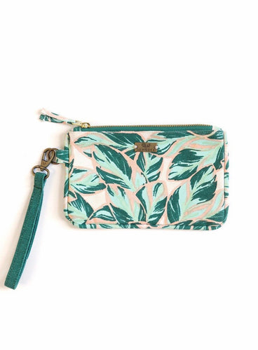HIGHLAND FALLS ZIPPER CLUTCH
