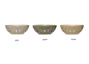 Stoneware Berry Bowl (3 Colors)