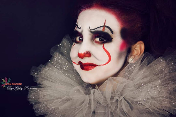 Gaby Renteria Pretty Pennywise the Clown Makeup