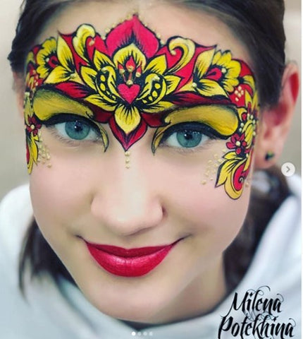 Milena Potekhina flower crown face painting