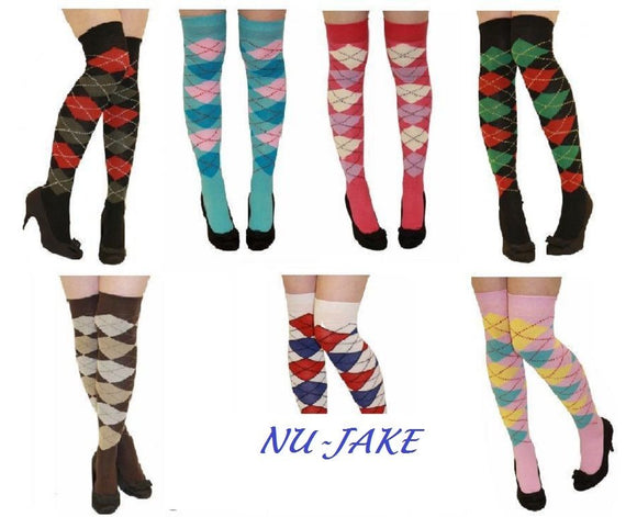 Main over the knee argyle socks
