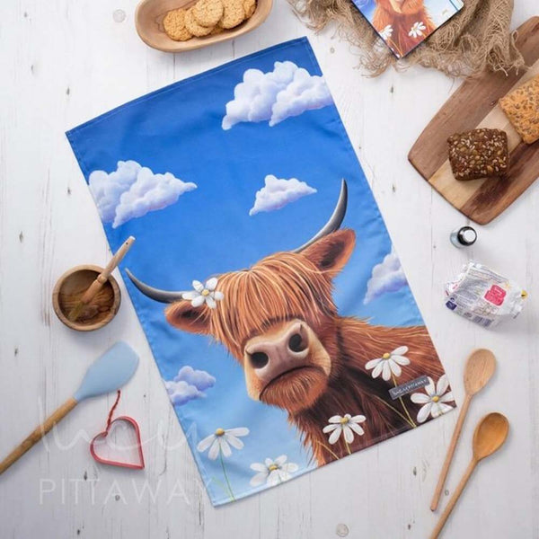 Daisy Tea Towel by Lucy Pittaway