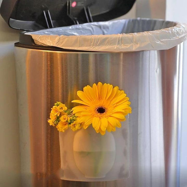 Magic Flower Vase (3-for-2 treat! Add 3 to your cart!)