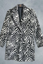 Load image into Gallery viewer, Animal Print Jacket