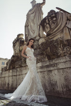 Load image into Gallery viewer, Sample 1111 Augusta Julie Vino Rome Collection