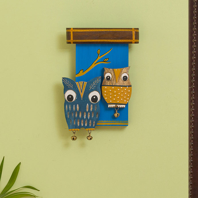 'Owl Siblings' Wooden Wall Decor