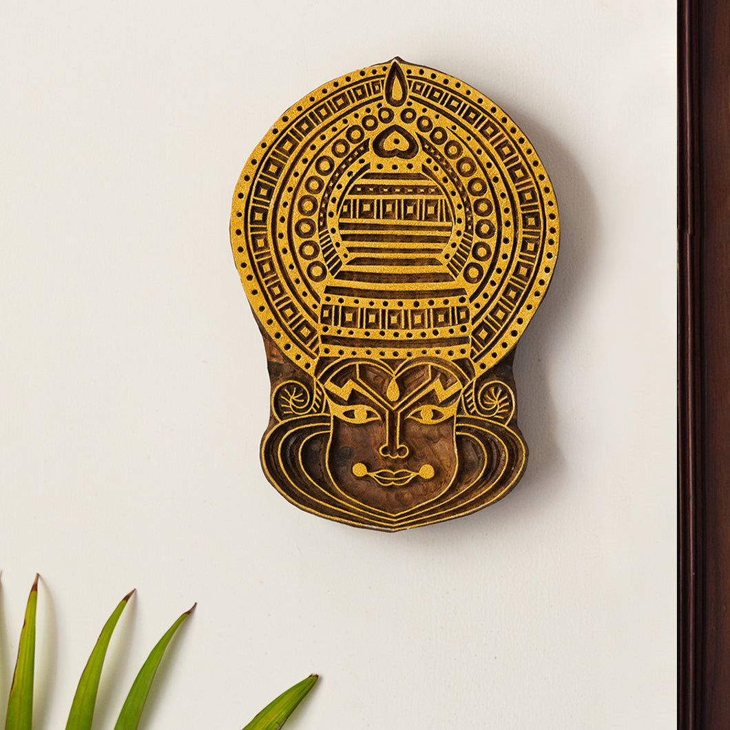 'Kathakali Maquillage' Hand Carved Block Wall Décor In Sheesham Wood