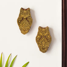 Load image into Gallery viewer, 'Owl Pair' Hand Carved Block Wall Décor In Sheesham Wood (Set of 2)