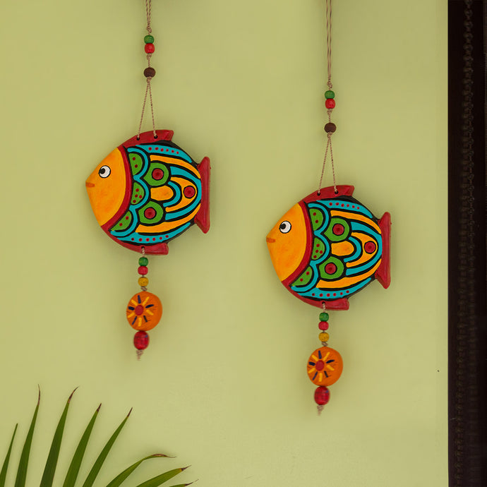 'The Fish Duo' Handmade & Hand-painted Decorative Wall Hanging In Terracotta (Set of 2)