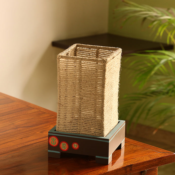 'Desert Glow' Handwoven Cuboidal Table Lamp In Pine Wood (11 Inch)