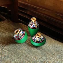 Load image into Gallery viewer, Terracotta Warli Handpainted Pots Green Set Of 3